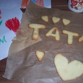 Kruche waniliowe ciasteczka na Dzień Taty